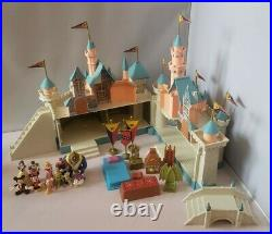 Disneyland Walt Disney World Sleeping Beauty Castle Playset