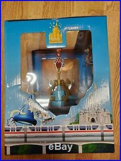 RARE Walt Disney World Disneyland DUMBO the FLYING ELEPHANT Monorail Playset