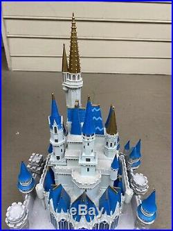 Rare Walt Disney World Cinderella Castle Big Fig Statue Figurine
