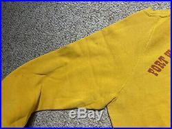 VINTAGE 70s WALT DISNEY WORLD CREW Sweatshirt Fort Wilderness Resort Mickey L/XL
