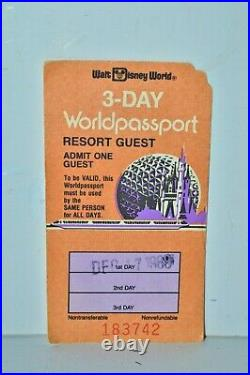 Vintage 1988 Walt Disney World 3-Day Worldpassport Ticket 2 days unstamped