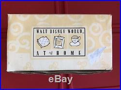 Vintage Walt Disney World Home Mickey Mouse's Hands Gloves Towel Bar Rod Holder