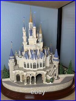 WALT DISNEY WORLD Cinderella Castle OLSZEWSKI Used