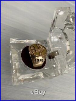 Walt DISNEY World 10k gold 1974 Cast member Service ring size 9