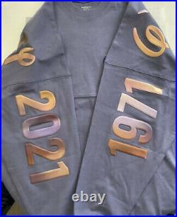 Walt Disney World 50th Anniversary Magic Kingdom 10/1 Spirit Jersey Size XS NWT