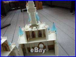 Walt Disney World Cinderella's Castle Playset & Accessories Lights Sounds