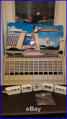 Walt Disney World Contemporary Resort And Monorail Playset