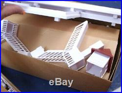 Walt Disney World Grand Floridian Resort Monorail Set Station and Hotel In Box