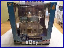 Walt Disney World HAUNTED MANSION Light up play set, NEW- good box
