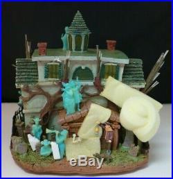 Walt Disney World Haunted Mansion Light Up House Hitchhiking Ghosts