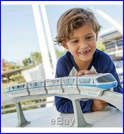 Walt Disney World Monorail Playset Rare Blue Line 5 Cars 14 Track