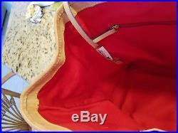 Walt Disney World Park Dooney & Bourke Sketch Large Traveler Tote Bag Very Nice