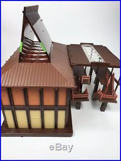 Walt Disney World Polynesian Resort Monorail Set Station Rare