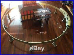 Walt Disney World Polynesian Resort Monorail Station and monorail Playset Rare