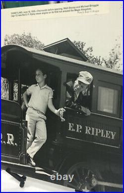 Walt Disney World Railroad Cross Section Of Track Magic Kingdom LE 200 Carolwood