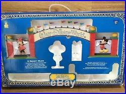 Walt Disney World Resort Archway Sign Monorail Playset Accessories Mickey Minnie