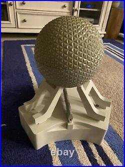 Walt Disney World Spaceship Earth Monorail Toy Accessory Playset