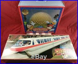 Walt Disney World Theme Park Exclusive Monorail & Epcot Spaceship Earth