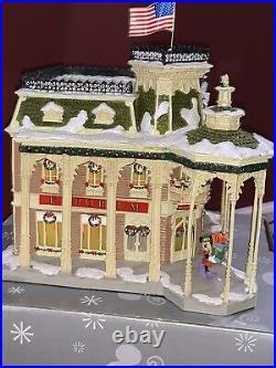 Walt Disney World Village EMPORIUM lighted Main Street USA Piece Disneyland