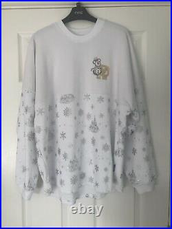 Walt Disney World White Christmas Spirit Jersey Size medium BNWT