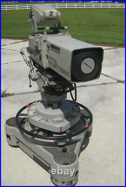 Walt Disneyworld Wide World of Sports Sony BVP270 Studio TV Camera & Vinten Base